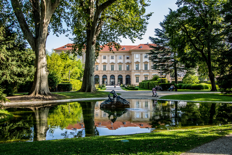 Palais Lichtenstein, Sommerresidenz Lichtenstein und Garten Lichtenstein in Wien, sterreich