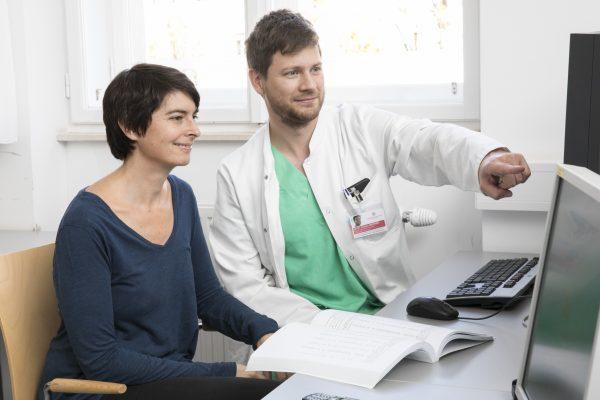 AT: Studie: Vier von zehn Österreichern leiden unter starken Schmerzen