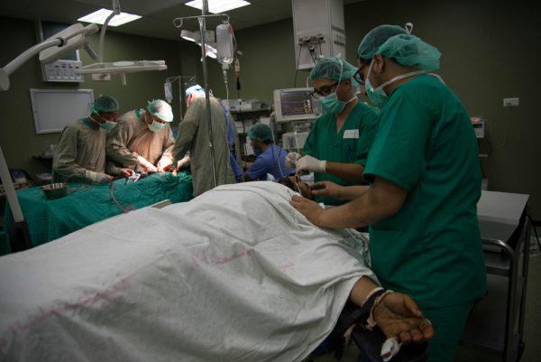 Jemen: Ärzte ohne Grenzen verurteilt den Angriff auf seine Mitarbeiter in Ad Dhale