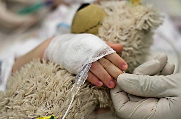 CH: Trauerarbeit unterstützen: Eltern erhalten auf Wunsch ein Dokument für Fehlgeborene