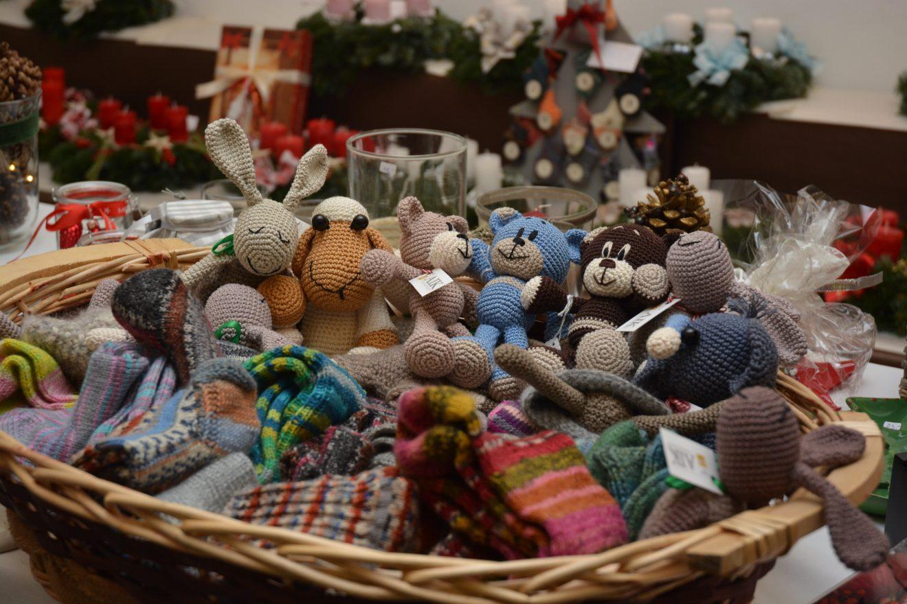 AT: Stimmungsvoller Weihnachtsmarkt zugunsten des Wiener Hilfswerks