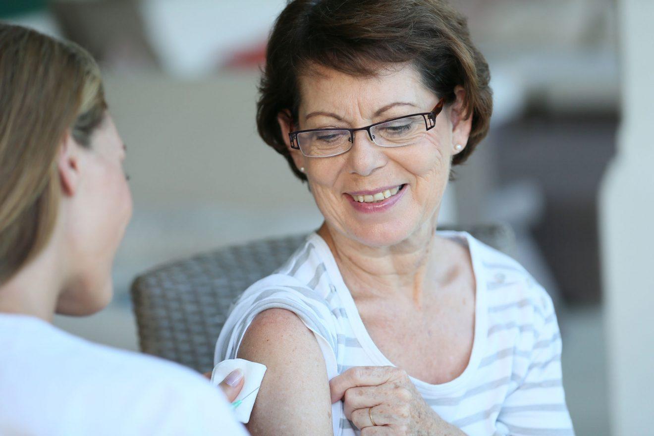 DE: Keuchhusten-Impfung - auch für Ältere wichtig